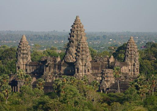 Ангкор Ват - храм Вишну в Камбоджи