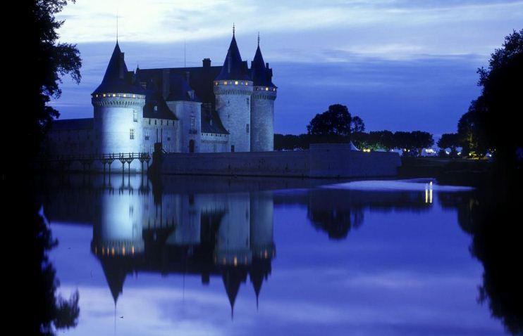 Экстерьер средневекового замка.