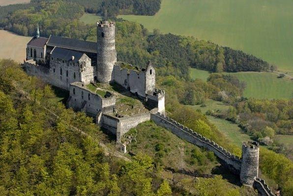 Замок Бездез в Чехии.