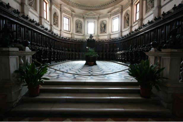 Хор собора Сан - Джорджио Маджоре ( Венеция, Италия). Архитектор - А. Палладио.