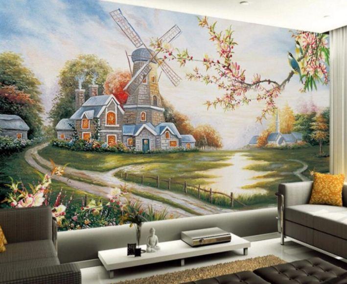 Фрески приносят атмосферу уюта и комфорта.