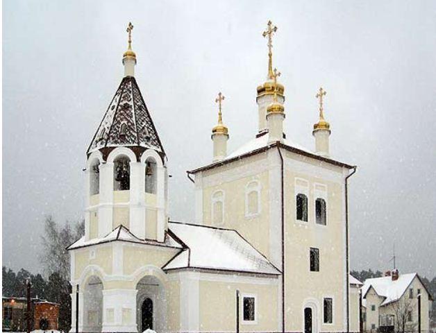 Церковь Святой Троицы, Серпуховский район, деревня Лужки.