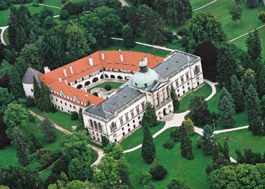 Замок Топольчанки