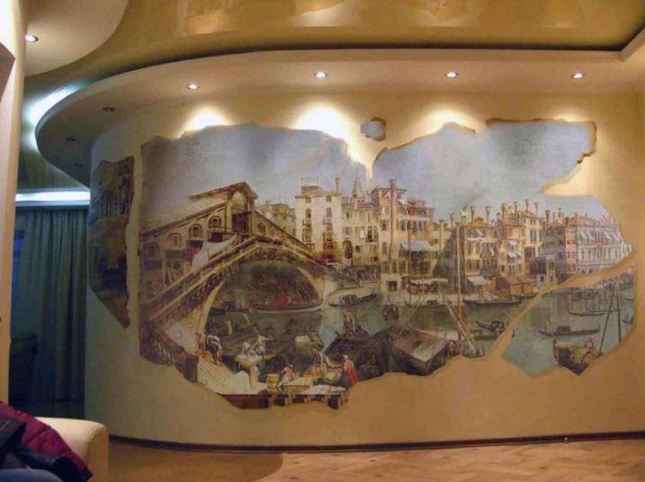 Разнообразная тематика изображений на фресках.