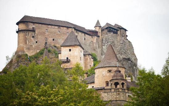 """Замок """" Оравский град"""" ( Словакия)."""