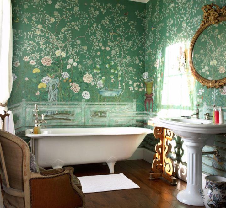 Фрески на стенах ванной