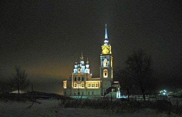 Петропавловский храм в Североуральске