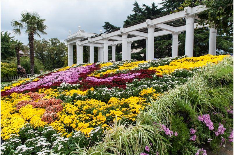 Никитский ботанический сад - самый красивый парк Крымского полуострова.