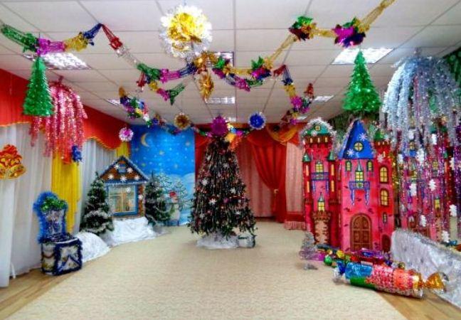 Объемные элементы праздничного декора
