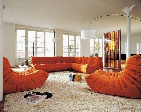 Мягкая мебель, изготовленная по дизайнерскому проекту.