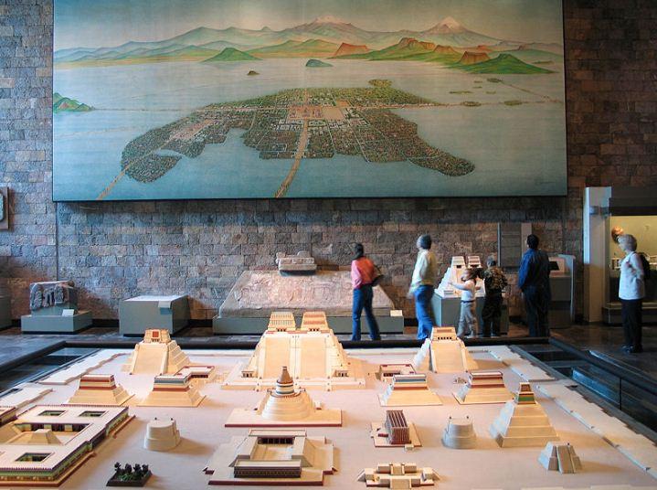 Модель Теночтитлана - великого города ацтеков.