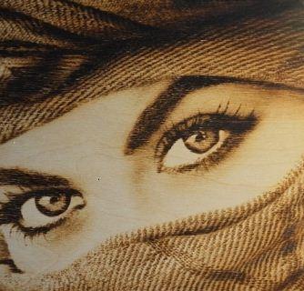 Образец портретной пирогравюры