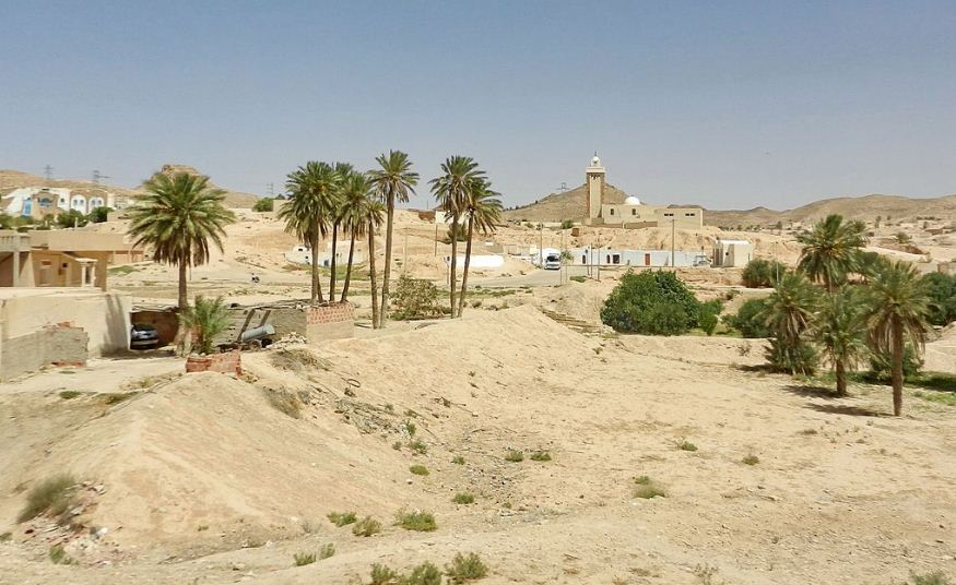 Матмата - пещерный город на юге Туниса